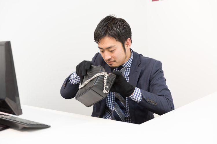 【バイヤー/名古屋大須店】未経験から鑑定のプロを目指す!バイヤースタッフ募集!